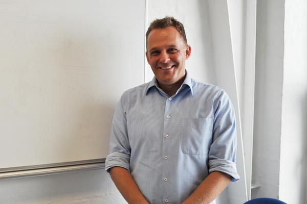 Michael Bisgaard Olling (MO)